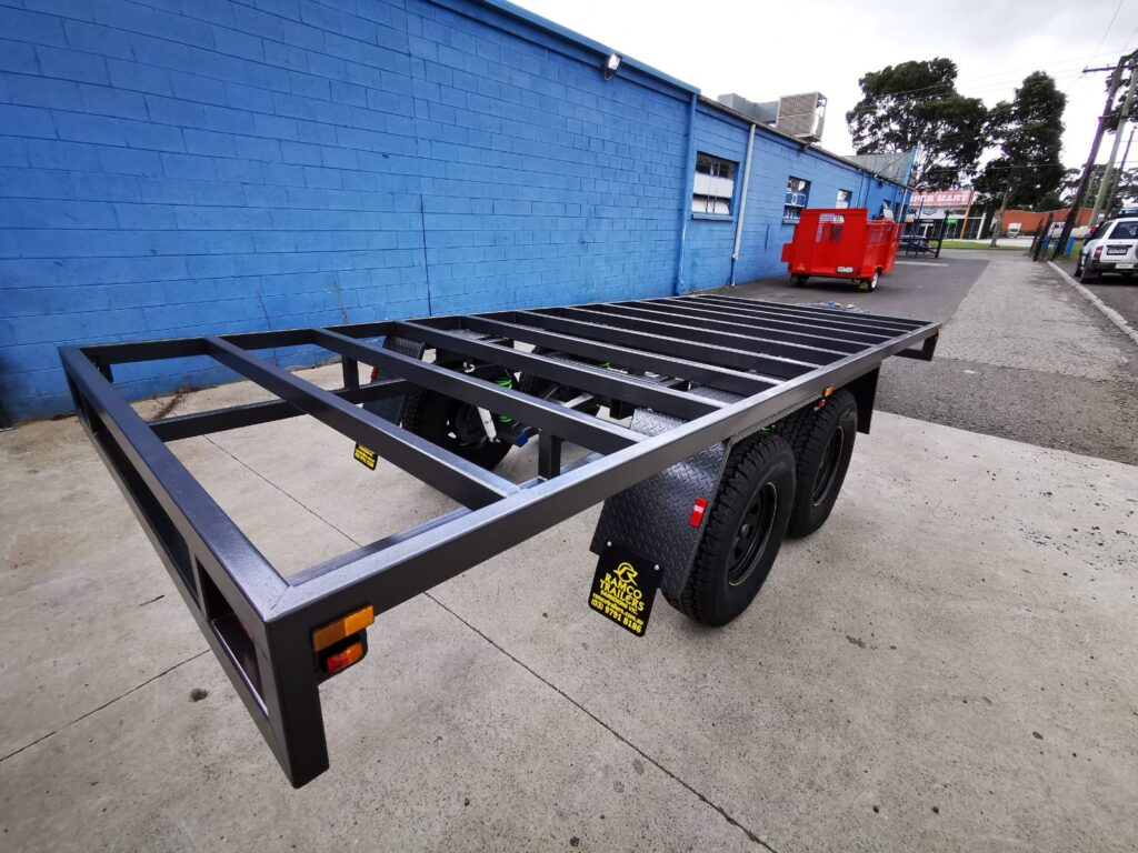 CUSTOM TRAILER FRAME WITH INDEPENDENT SUSPENSIONS
